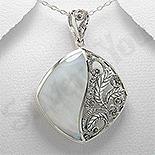 Bijuterii argint cu marcasit - Pandantiv argint sidef alb si marcasit - PK2213