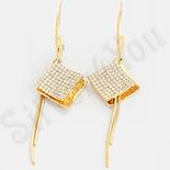 Cercei lucrati in culoarea aurului 14K cu zirconii albe / 7.4 cm - ZS1755