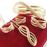 Set cercei, pandantiv, inel, bratara si lant aurit cu aur de 14K - ZS1141