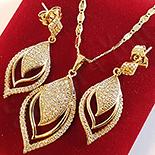 Set cercei, pandantiv si lantisor aurit cu aur de 14K - superb - ZS1023A